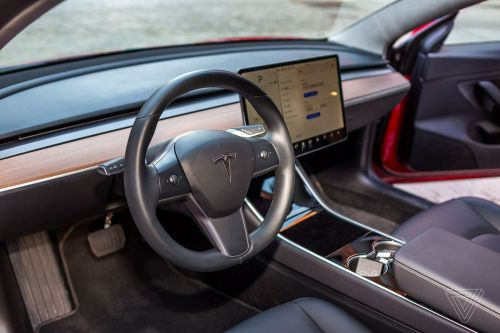 'Autopilot Buddy' that tricks Tesla vehicles declared 'unsafe' by US