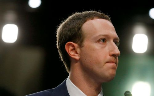 Facebook under fire as US officials back removal of Zuckerberg as chairman