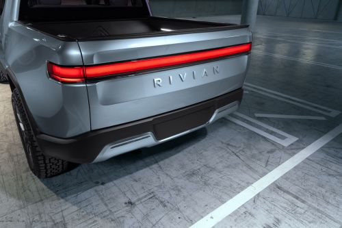 Ford will build an electric vehicle using EV startup Rivian's tech