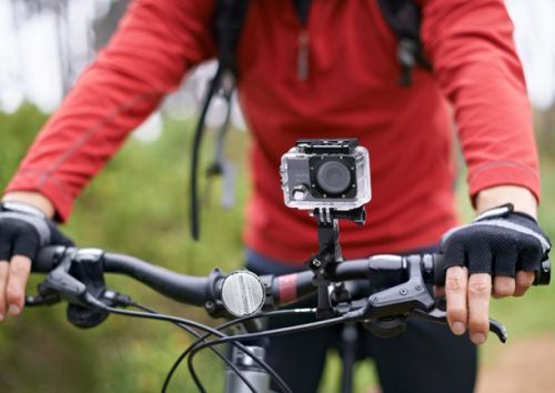 The EK7000 is a 4K action cam as good as a $400 GoPro Hero5, but it only costs $73