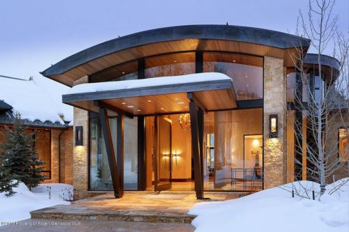 Media mogul Lachlan Murdoch just bought a $29 million mansion in Aspen - take a look inside