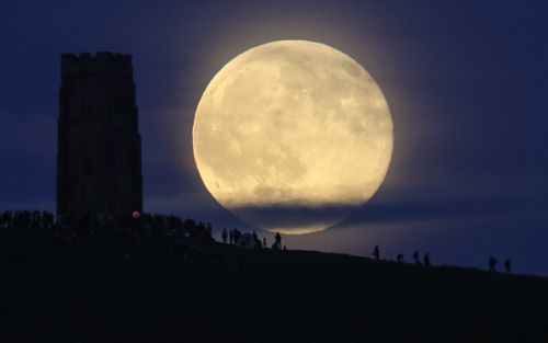 May 2021 Cosmic Events: Last Supermoon Eclipse, Meteor Shower, Mercury Sighting-How to Watch