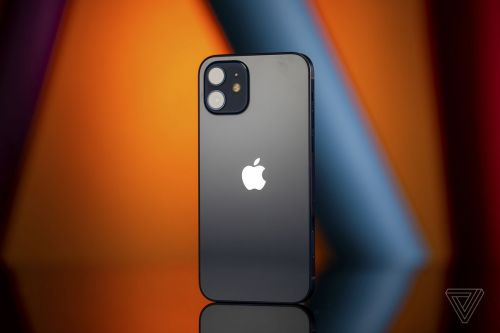 IPhone 12 camera replacement issues could hint at further restrictions on third-party Apple repairs