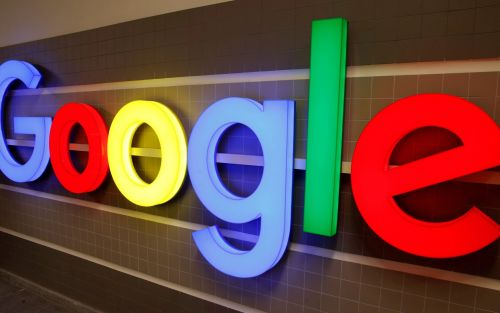 Google offers smartphone users rival search engines in bid to end antitrust concerns