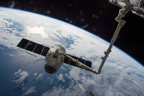 Trump's space council orders a traffic control system for objects in space