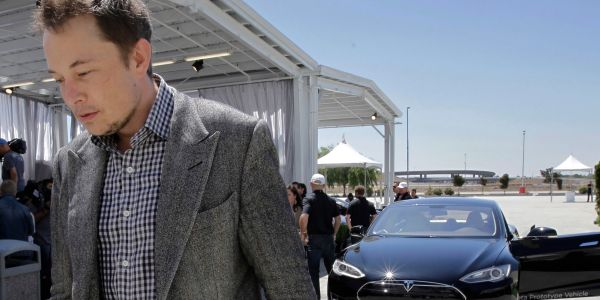 Tesla short sellers raked in $1 billion, hours after Elon Musk revealed his struggles in an eye-opening interview