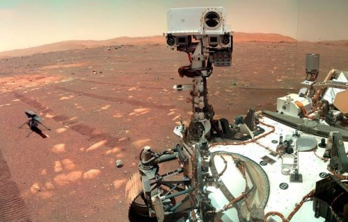 Photos show Chinese rover on dusty, rocky Martian surface