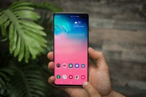 T-Mobile's Galaxy S10 scores $300 discount at Costco with no strings attached