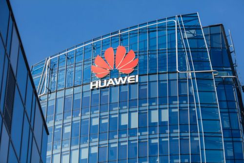 US senators urge Canada to 'ban' Huawei from 5G deployment