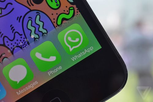 WhatsApp is the first major third-party messaging app to support Apple's CarPlay
