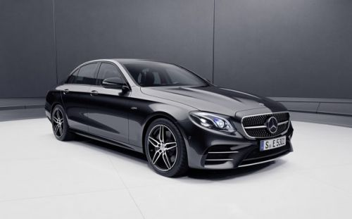 2019 Mercedes-AMG E53 Sedan uses its hybrid for mischief