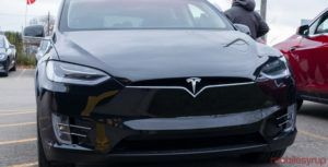 Tesla lowers price of Model S and X in Canada