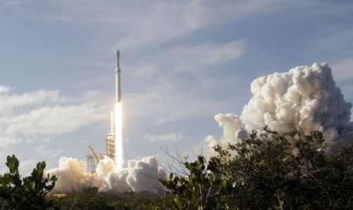 Russia says it's going to beat Elon Musk and SpaceX's 'old tech' with a nuclear rocket