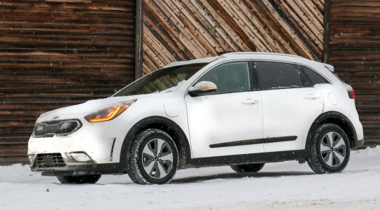 2018 Kia Niro Plug-In Review: An Outstanding Subcompact Crossover