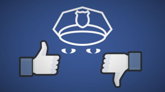 Facebook would make a martyr by banning Infowars