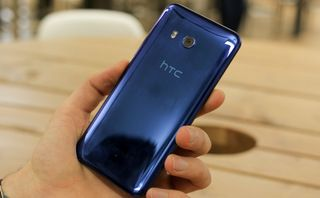 Troubled HTC looks set for rescue by Google