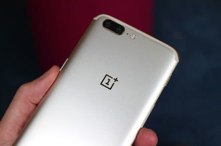 Here are OnePlus 5 tips and tricks to help you master the OxygenOS