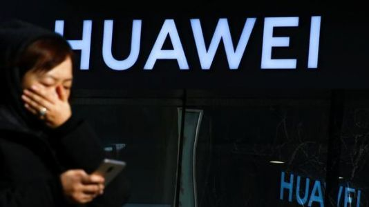 Huawei works with Aptoide to replace the Google Play Store
