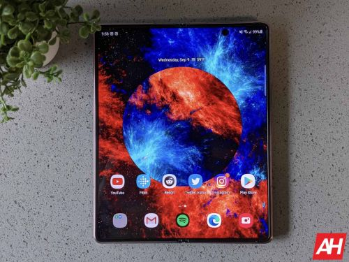 Samsung Survey Shows Multitasking Prowess Of The Galaxy Z Fold 2