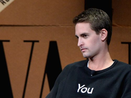 Evan Spiegel spends most of his time during boardroom meetings on Snapchat