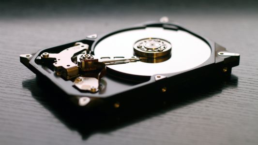 Cloud storage vs external hard disk drive:  Which one is better?