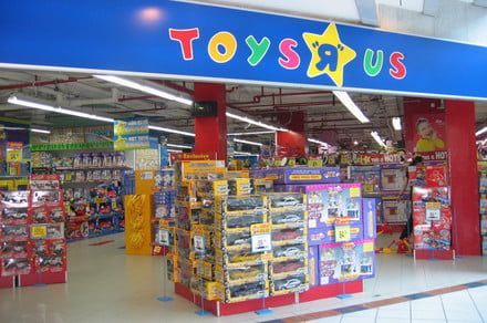 Toys R Us Closing All US Stores