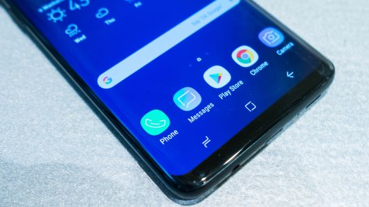 Samsung Galaxy S10 prototype shows off an almost bezel-free design