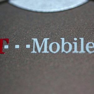 T-Mobile, Sprint reportedly close to signing merger deal