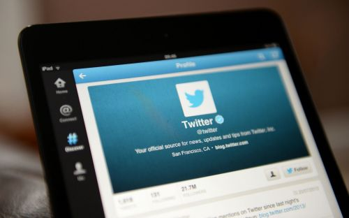 Expect follower numbers to drop, Twitter warns ahead of account cull