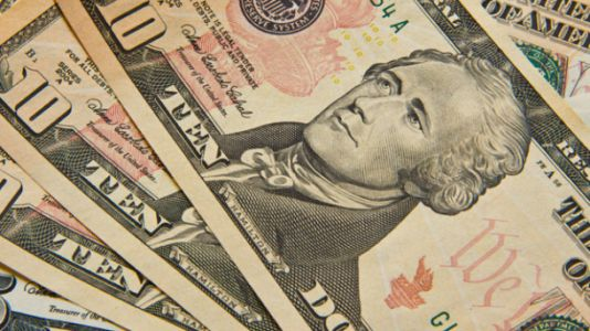 Survey: More people than ever are able to go a whole week without spending physical cash