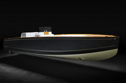 Hinckley's all-electric Dasher yacht demos its floating high tech
