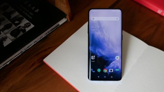 Some OnePlus 7 Pro users are reporting issues with the phone's touchscreen