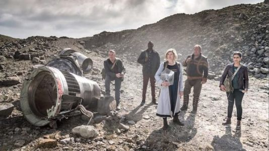 'Doctor Who' Episode 10: What Season Finale Lacks, TARDIS Fam Makes Up For