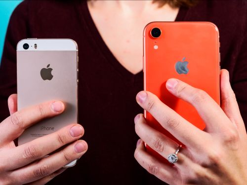 I swapped my 4-year-old iPhone 5S for a coral iPhone XR - and it's been a massive adjustment