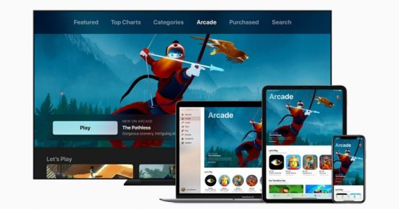 Apple Arcade gets some real gaming cred with PS4 & Xbox controller support