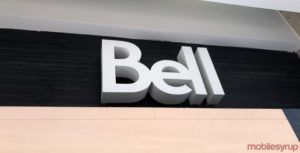 Ontario man uses axe to destroy modem in front of Bell store