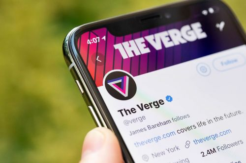 Twitter says it doesn't 'have the bandwidth' to fix verification right now