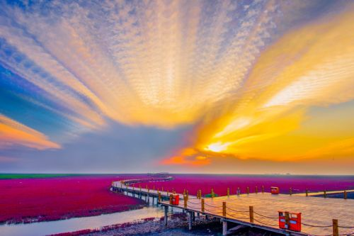 Look! Stunning Photos of China's Most Romantic Coastline that Has No Sand