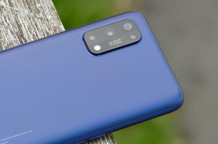 Realme's next cheap flagship phone will use Samsung's 108MP camera