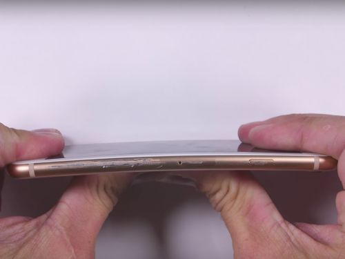A YouTuber tried to scratch, burn, and bend the iPhone 8 - this is how it held up