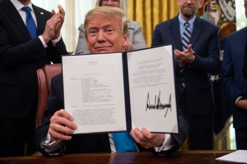 Trump signs new directive calling on Space Force to be part of the Air Force
