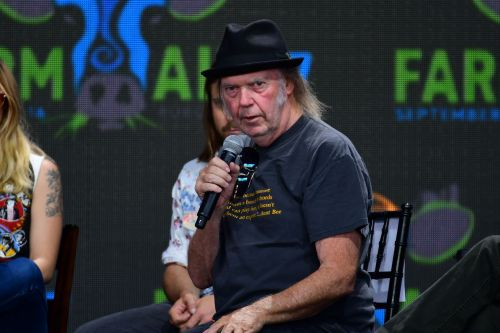 Neil Young lambasts Google for profiting off of links to piracy sites