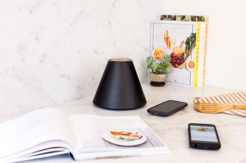 Pi can wirelessly charge your phone from a short distance