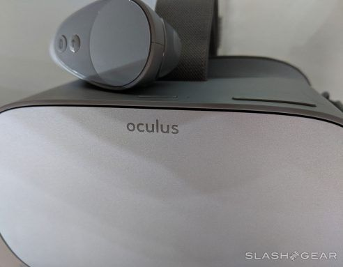 Oculus Go gets Sling TV, ESPN, FOX NOW and a new holiday promo