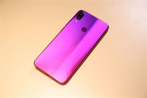 Redmi Officially Confirmed Its Own Snapdragon 855 Phone Coming