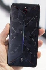 Snapdragon 845 for $400: Hands On with the Nubia Red Magic Mars