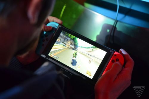 Nintendo plans two new Switch models for this year: WSJ