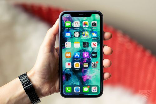 Apple will replace your iPhone 11's display for free if it has the glitchy touchscreen