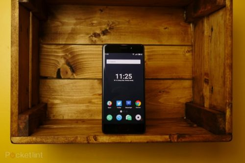 Meizu Pro 7 review: Flicking two screens up at smartphone uniformity