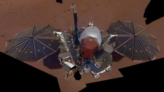 NASA's InSight lander just snapped its first selfie, and it's a stunner
